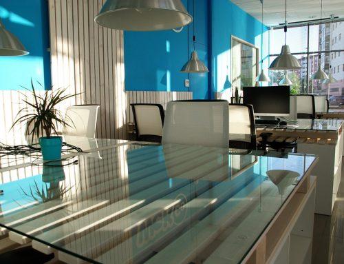 Choisir l'emplacement des luminaires dans les bureaux