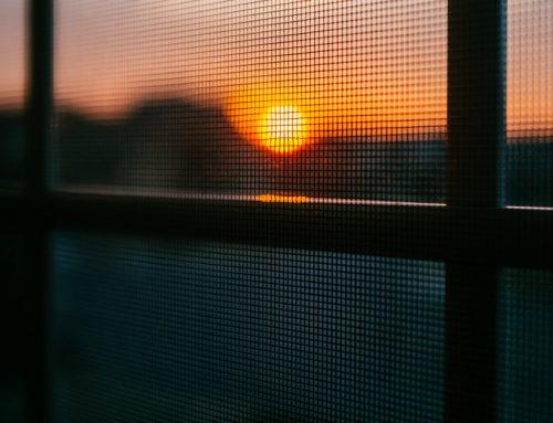 Placer un climatiseur ou une protection solaire ?