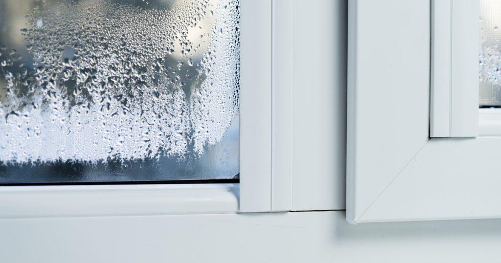 Évaluer un risque de condensation superficielle sur les vitrages