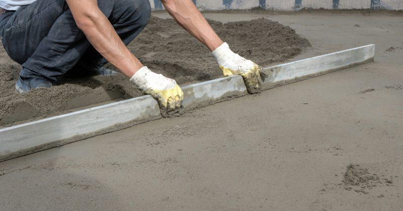 Coefficient de transmission thermique moyen d'une dalle sur sol