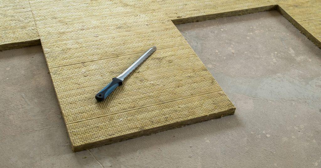 Isoler un plancher inférieur par le haut [Améliorer]