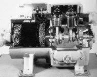 Photo compresseurs hermétiques à pistons.