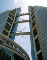 Photo éoliennes intégrées au bâtiment - 03.
