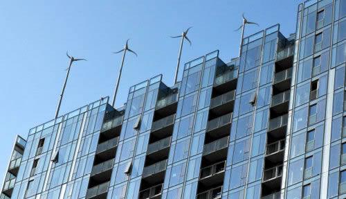 Photo éoliennes montées sur le toit - 02.