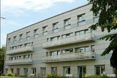 Bardage isolant et nouveaux châssis performants pour les résidents de l'Institut Saint-Joseph