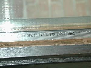 Photo nom commercial d'identification de vitrage.