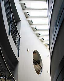 Photo d'un atrium.