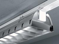 Photo luminaires aluminium brillanté.