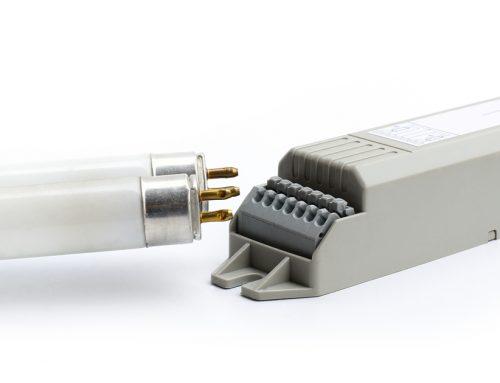 Remplacer les ballasts électroniques